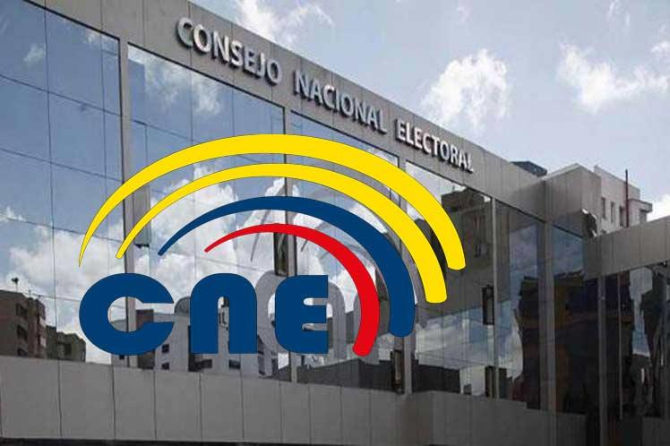 Revisarán en Ecuador 18 actas electorales