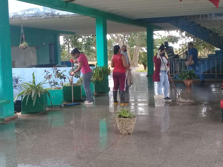 Educadores de Mayabeque apoyan tareas del enfrentamiento ala Covid-19. Foto: Cortesía de la autora