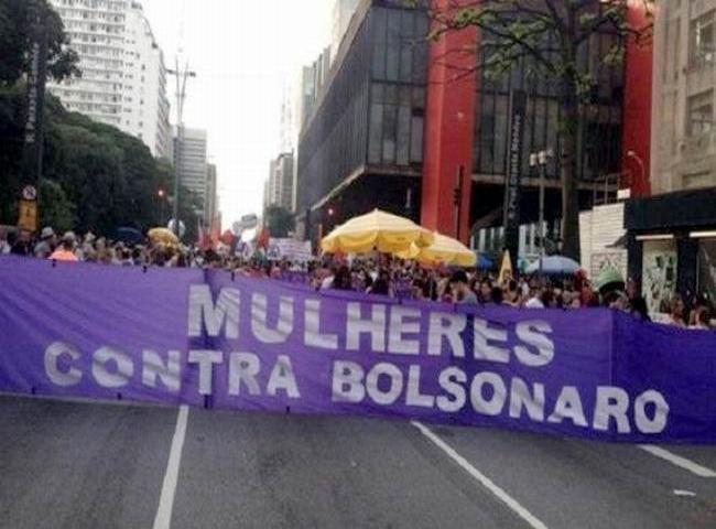 Convocan nueva protesta para exigir la renuncia de Bolsonaro.