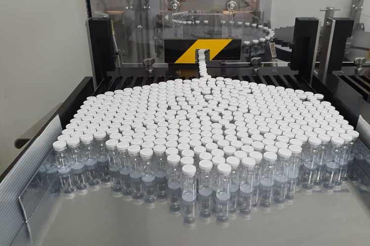 Cuba produce a gran escala candidato vacunal Abdala anti-Covid-19.