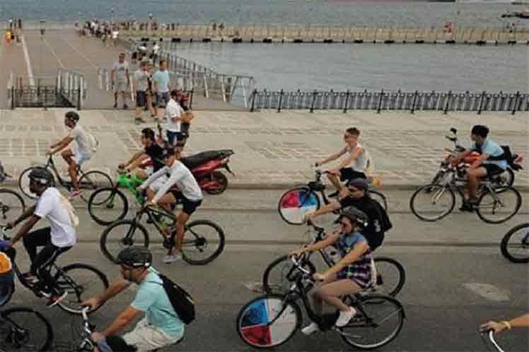 La caravana ciclística partirá del muelle florante de la Habana Vieja a las 10:00 de la mañana.