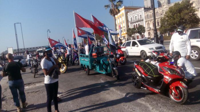 Jóvenes capitalinos rechazan bloqueo económico y financiero contra Cuba