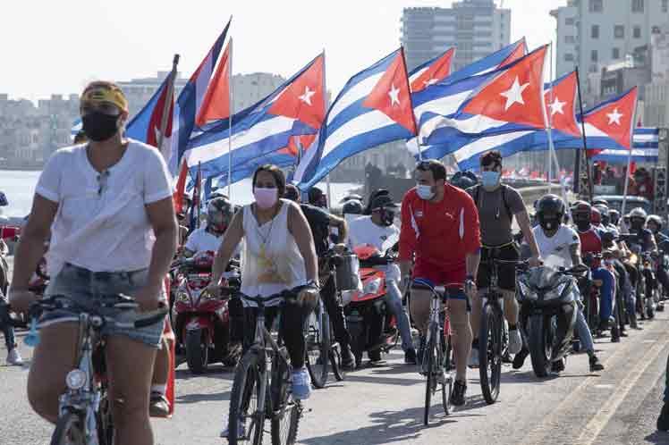 Jóvenes apoyan acciones en diferentes partes del mundo contra el bloqueo (Galería)