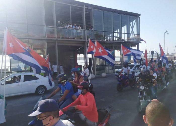 Los jóvenes cubanos dicen No al Bloqueo