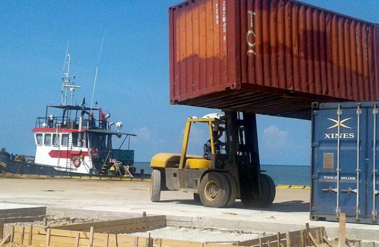 Desde puerto de Batabanó envían recursos claves hacia Isla de la Juventud