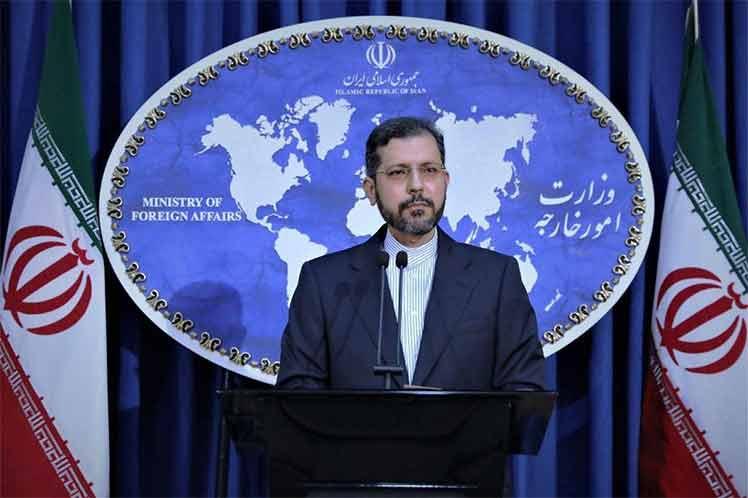 El vocero de la cancillería iraní, Saeed Khatibzadeh, desechó oferta de Europa respecto a conversaciones Teherán-Washington sobre el PIAC. Foto: Prensa Latina.