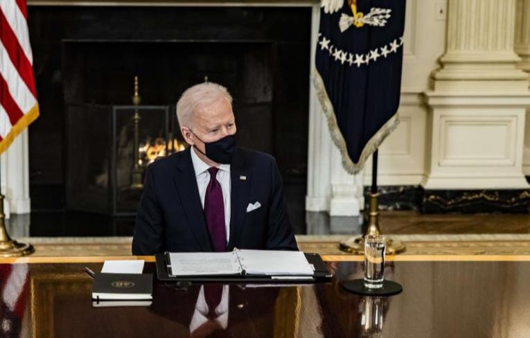 Estados Unidos prolonga otro año más emergencia nacional contra Irán