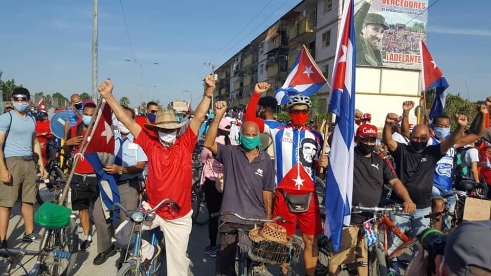 Bloqueo yanqui se sacude con el empuje de los cubanos.