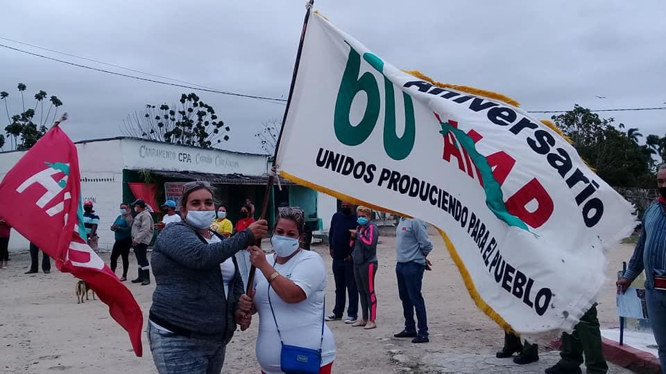 Recibió Güines bandera 60 Aniversario de la Asociación Nacional de Agricultores Pequeños.
