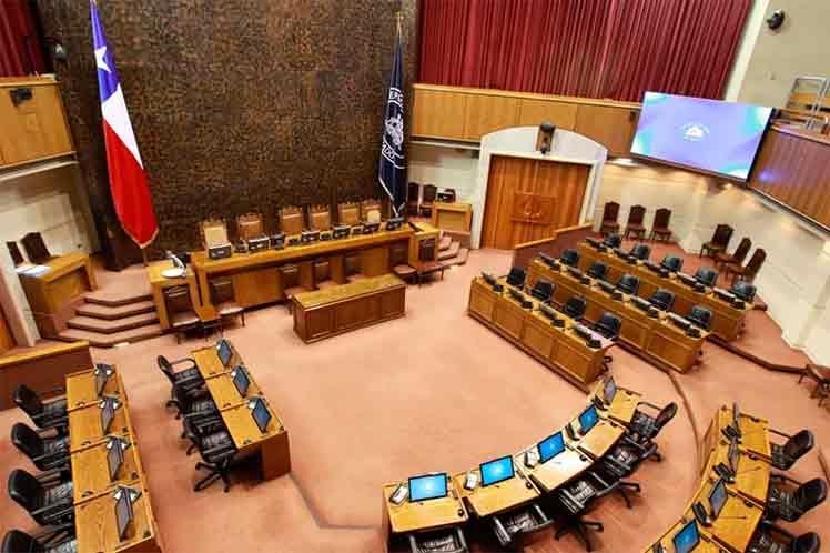 Senado de Chile analizará posposición de elecciones