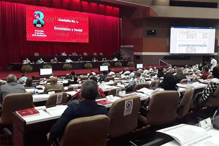la comisión también abordó las cuestiones medulares del Informe Central.