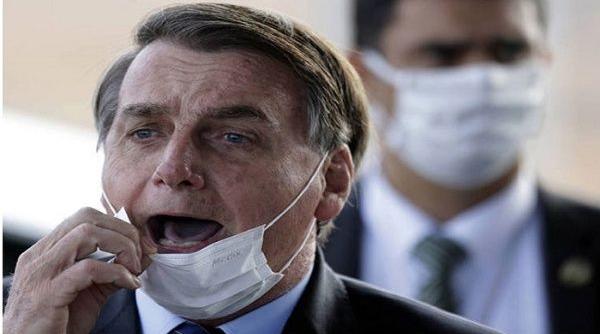 Bolsonaro califica de dictadores a gobernadores que adoptan medidas anticovid