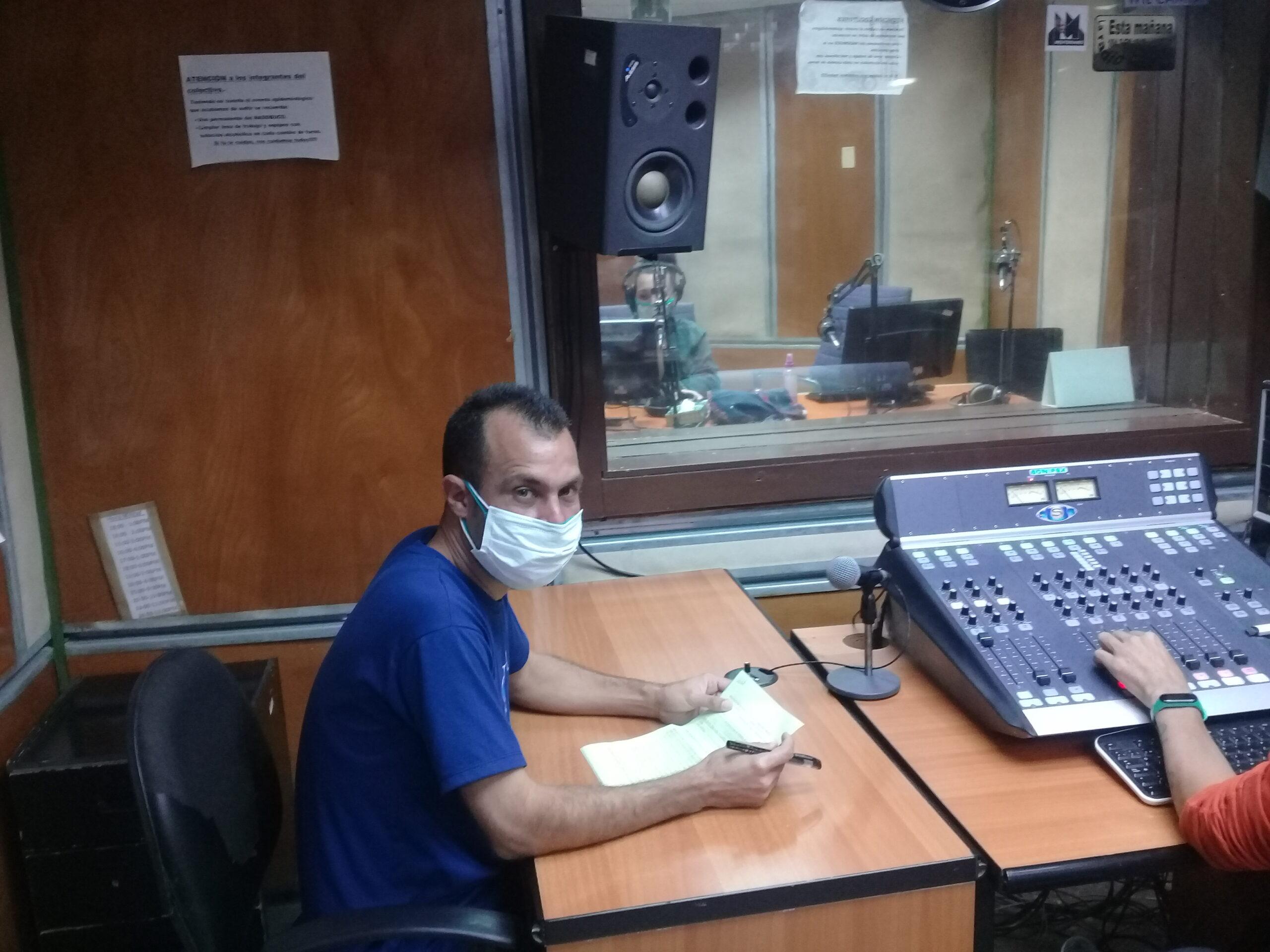 Maykel Simón Ramos joven realizador con sobresalientes resultados como artista y en funciones periodísticas.
