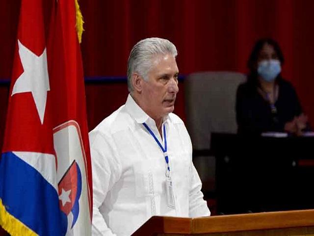 Presidente de Cuba expresa satisfacción por debate partidista