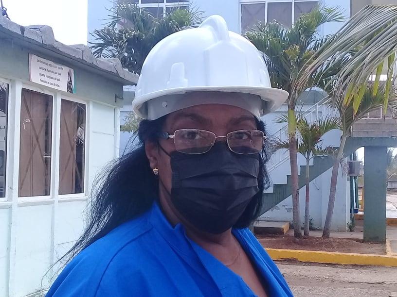Gladys Esther Palazón Herrera, especialista de la Empresa de Perforación y Extracción de Petróleo de Occidente