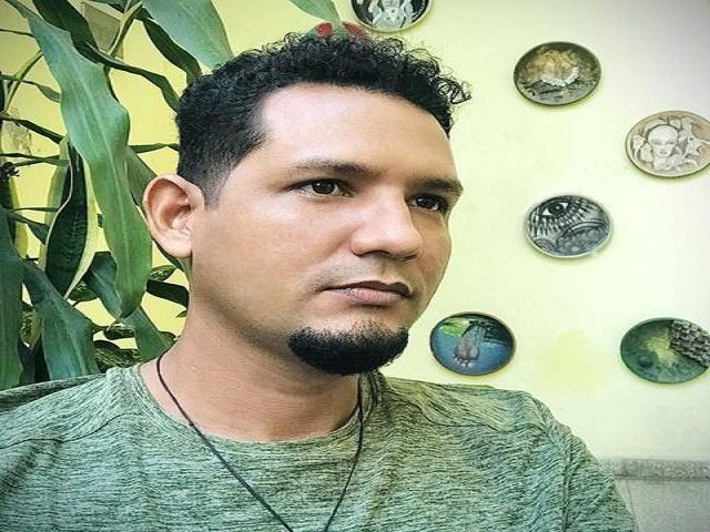 Premio Francisco Riverón para Alexander Jiménez del Toro.
