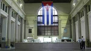 Sistema bancario de Cuba bajo fuertes presiones estadounidenses