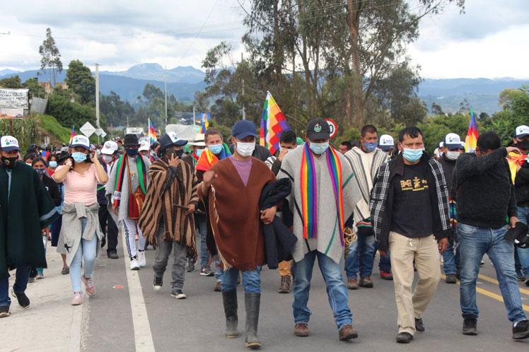 Indígenas en Colombia reclaman sus derechos