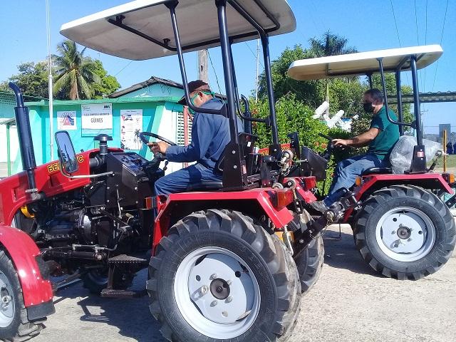El estado apoya a los agricultores en el importante objetivo de incrementar la producción de alimentos.