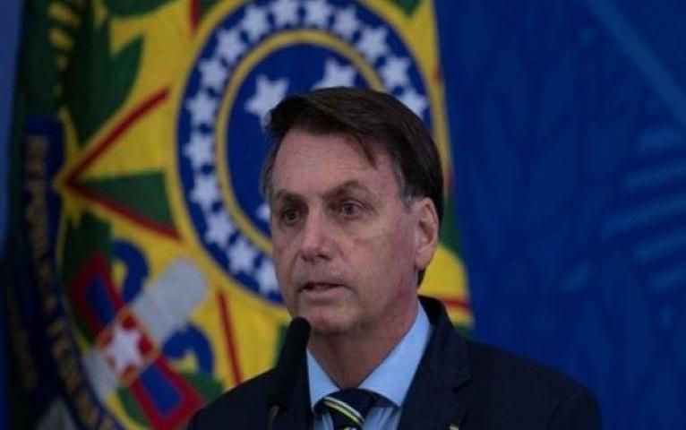 Fiscalía de Brasil pide investigar presupuestos de Bolsonaro