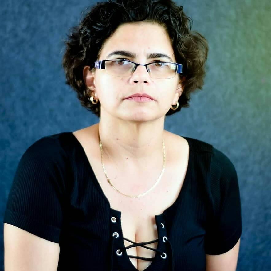 Participará escritora de Mayabeque en encuentro mundial virtual de poetas.