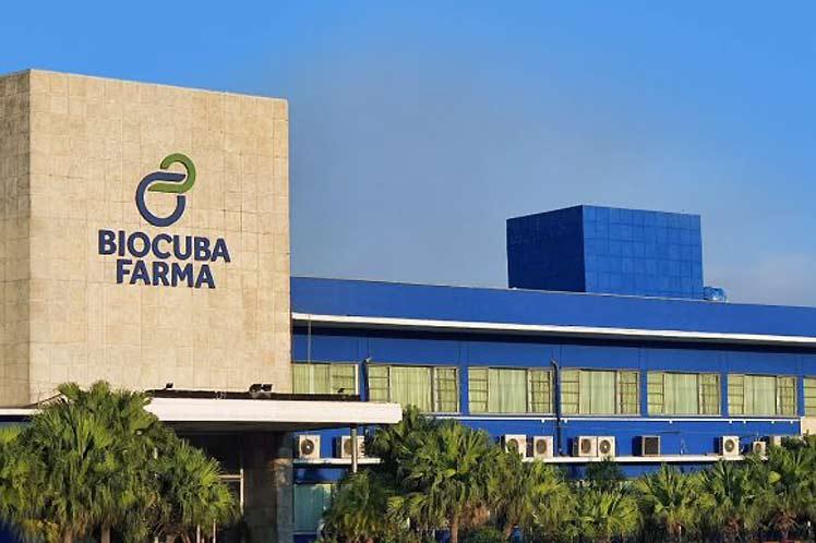 Cuba apuesta por soberanía médica pese a bloqueo de Estados Unidos.