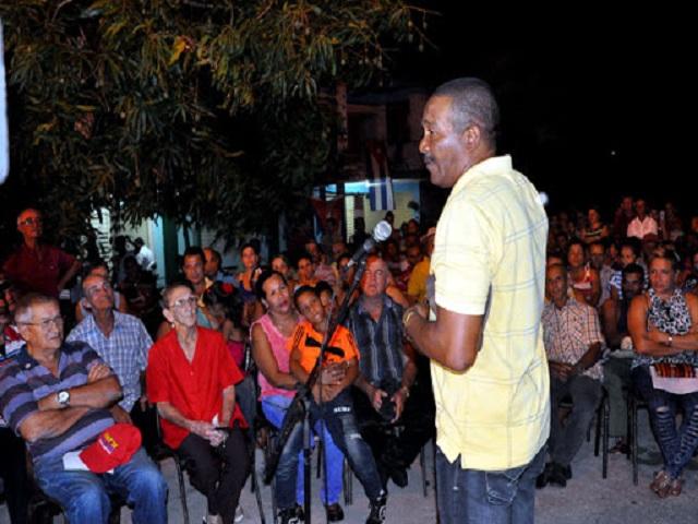 Jaruco: llama dirección política a priorizar la economía e intercambios con el pueblo