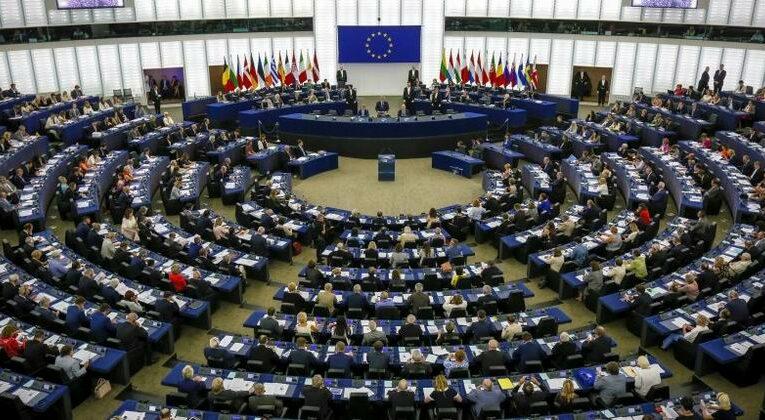 Cuba denuncia maniobra engañosa del Parlamento Europeo