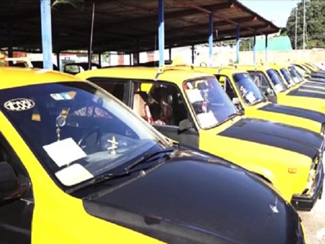 Sobrecumple plan en valores hasta la fecha Base de Taxi de Güines (Fotos)