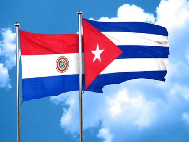 Jóvenes de Paraguay rechazan intentos de desestabilizar a Cuba.