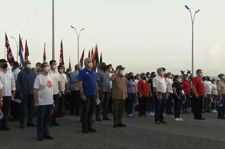 Raúl Castro preside acto en rechazo a injerencia en Cuba.