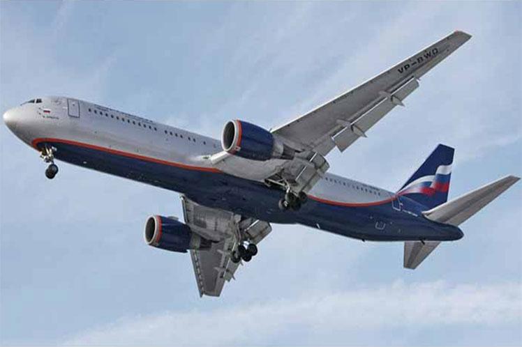 Crece número de vuelos entre Rusia y Belarús.