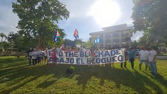 New caravan against the blockade of Cuba concludes in Miami.