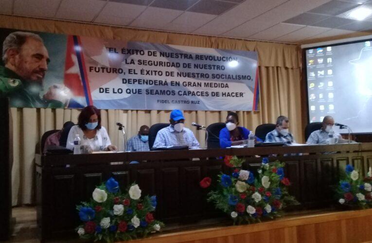 Llama vicepresidente cubano a incrementar de producción de alimentos en Mayabeque