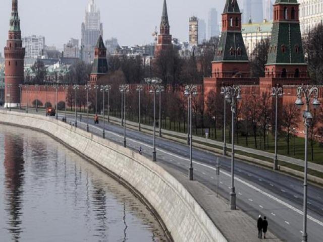 Moscú vuelve al confinamiento