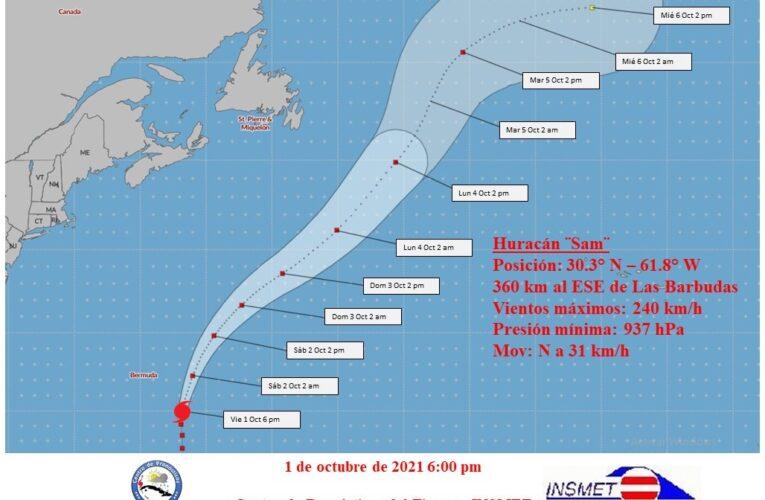 Sam se mantiene como un intenso huracán categoría cuatro